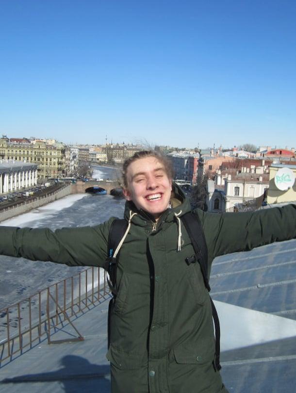 Vsevolod vei toimittajan ja hänen ystävänsä huhtikuussa unohtumattomalle kattokierrokselle.